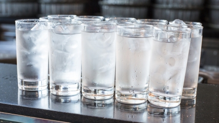 glasses-ice-water-stock-today-tease-151019_85bd2770d65967aa124b756c6d4efb62